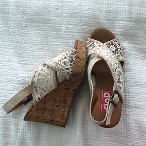 Lacey wedges